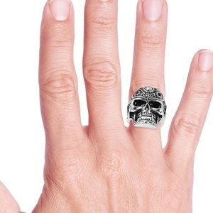 NEW Stainless Steel Head Skull Ring Size 11